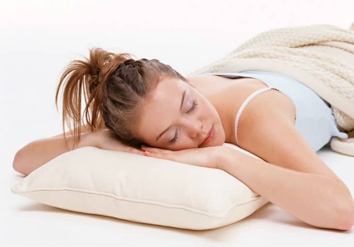 3 Best Pillows For Side Sleepers 2020 Review